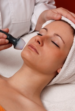 Quebec Facial Courses