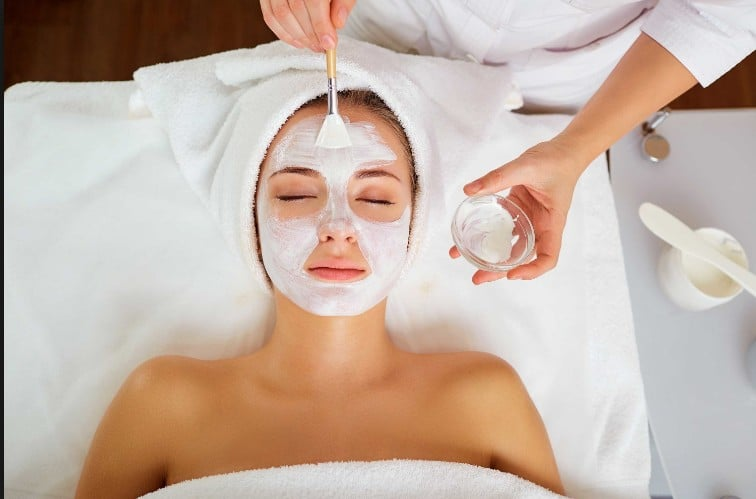 Facial Courses in Manchester